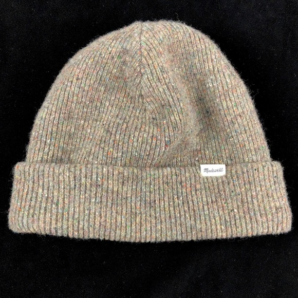 Madewell Accessories - Madewell Cozy Rolled Cuff Beanie Hat Merino Wool 6f9b38c08afc